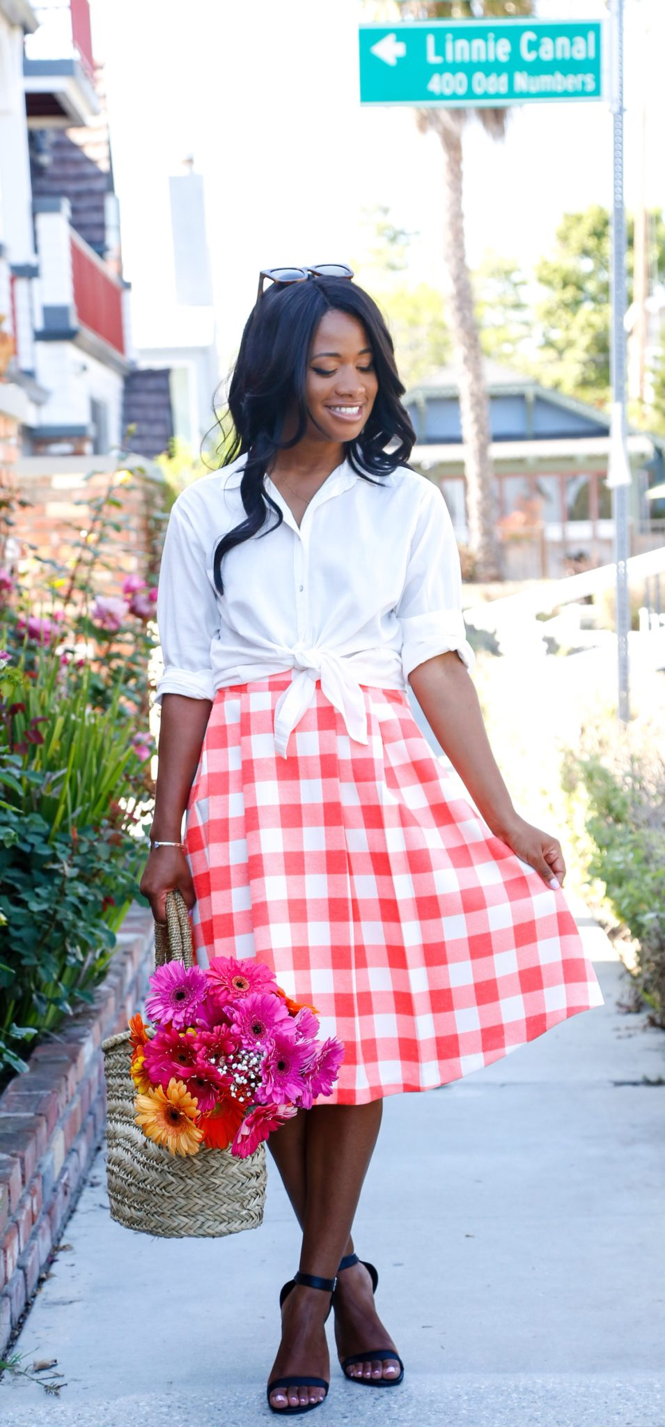 Gingham + Flowers on DowntownDemure.com - Modest Fashion Blog (4)