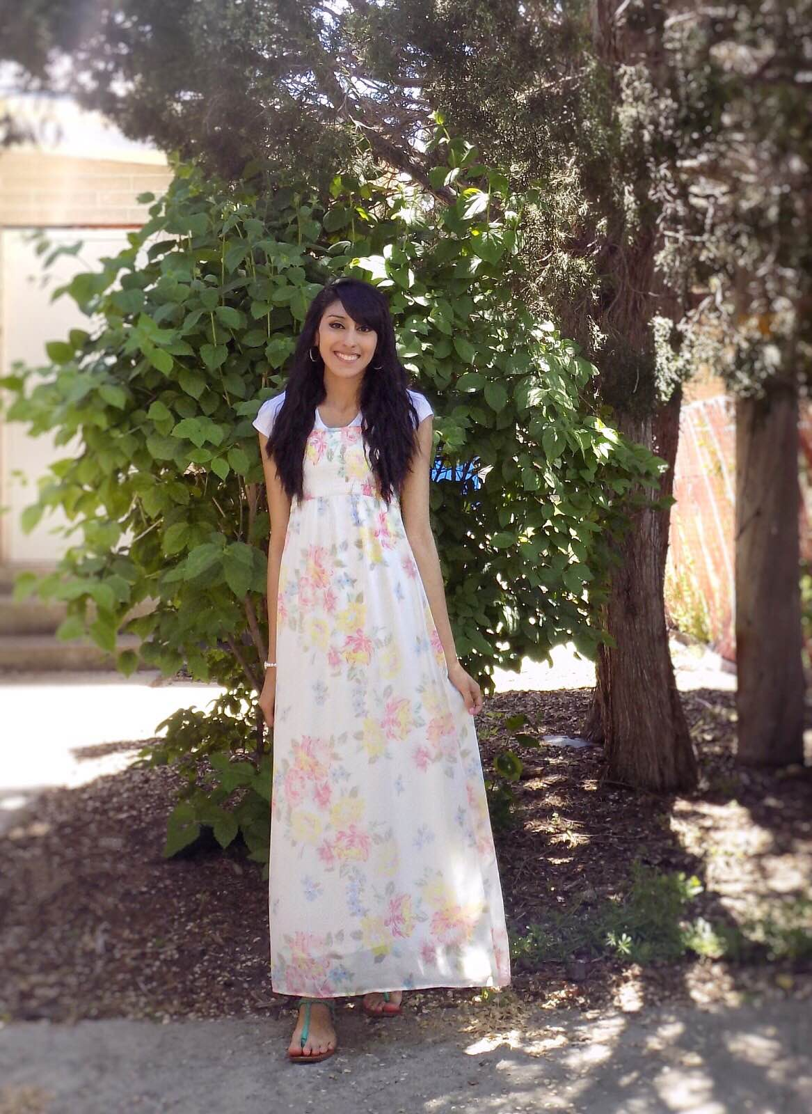 Tips on how to dress modestly and stylishly in the summer via DowntownDemure.com ---