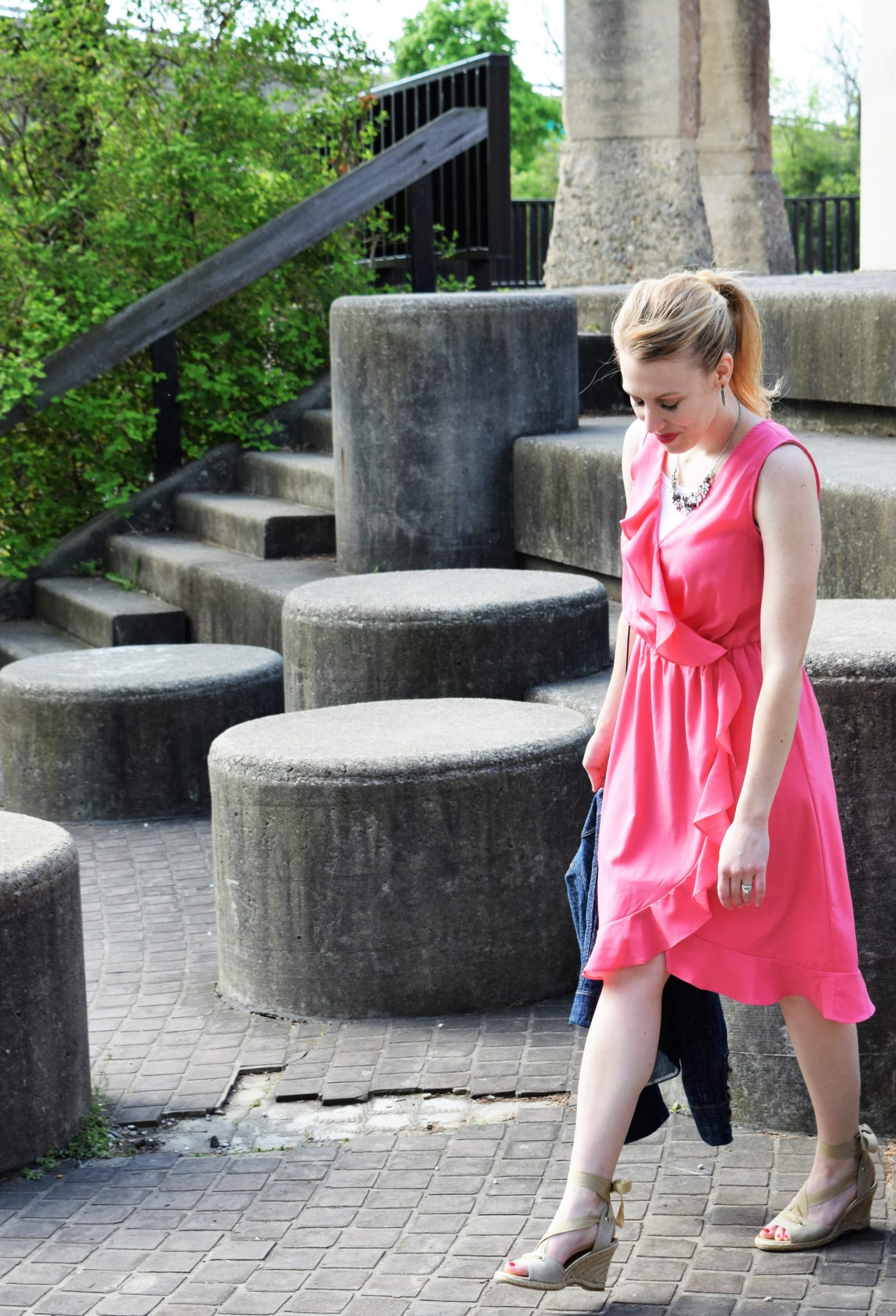 Tips on how to dress modestly and stylishly in the summer via DowntownDemure.com (3)