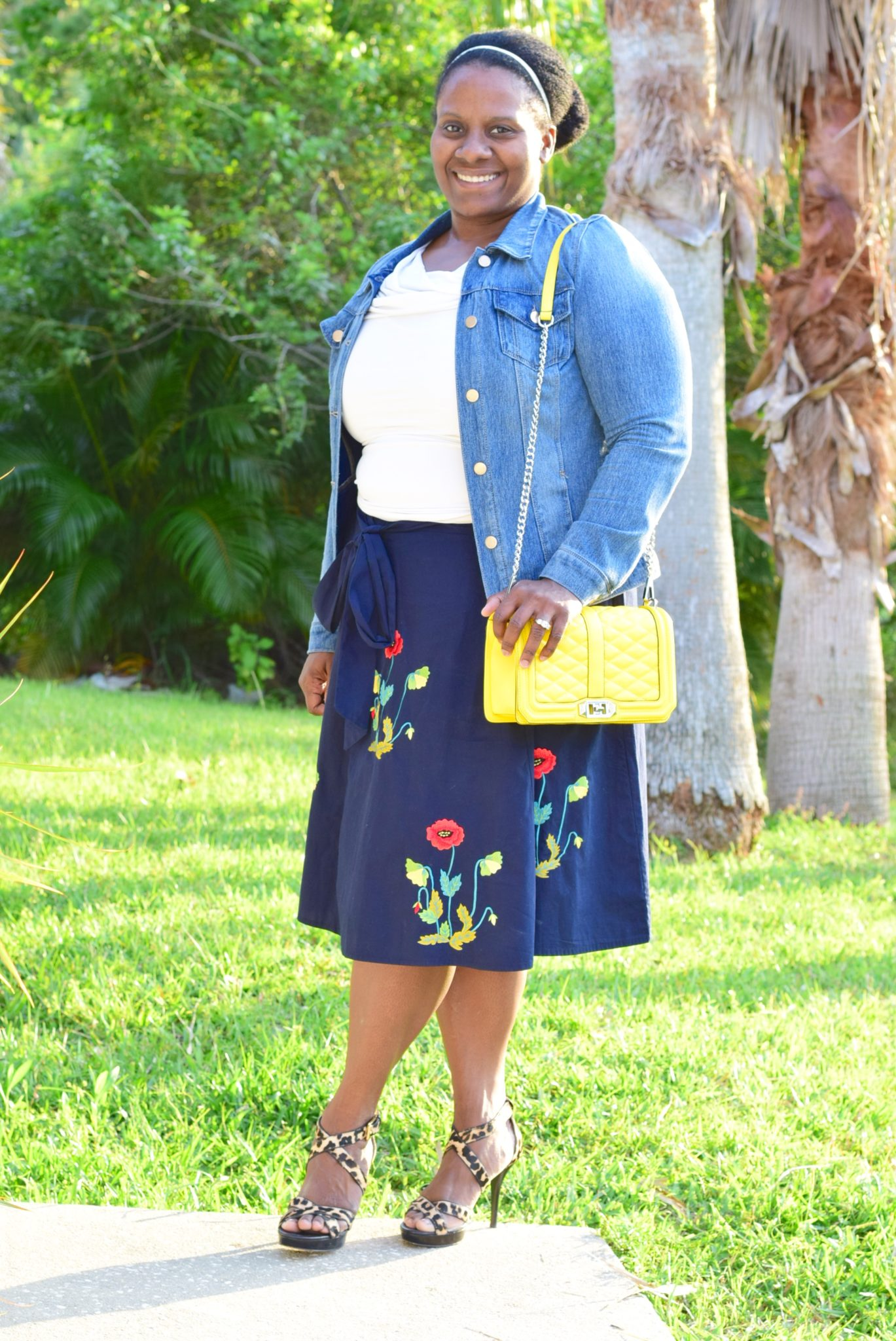 Tips on how to dress modestly and stylishly in the summer via DowntownDemure.com