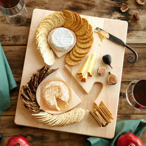 valentine gift idea - ampersand cheese and cracker board from UnCommon Goods